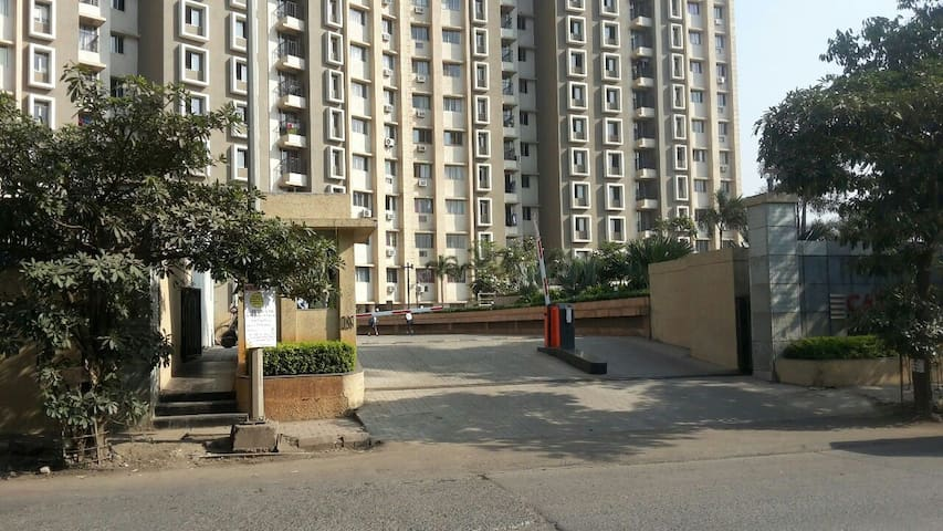Spacious 2bhk in Thane, Near Viviana
