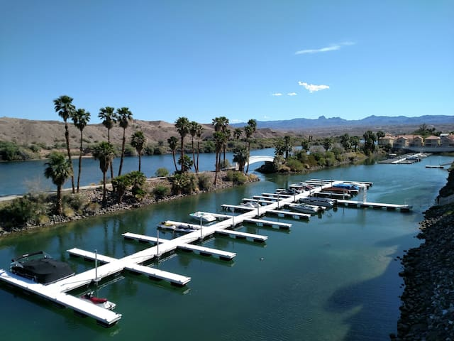 Desert Oasis on the Colorado River - Bullhead City - Huis
