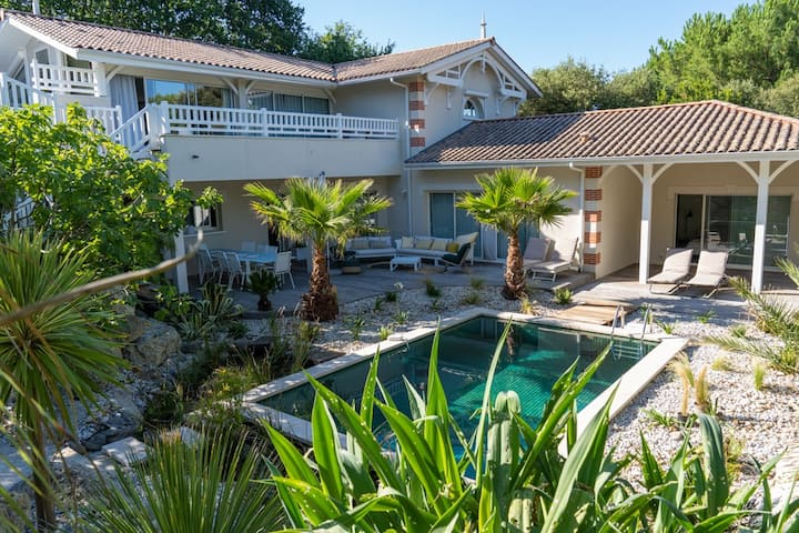 Stunning family villa in the heart of Le Moulleau