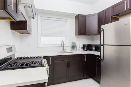 Newly Renovate 2 Bedroom Apartment in Central Area - Brooklyn - Apartment
