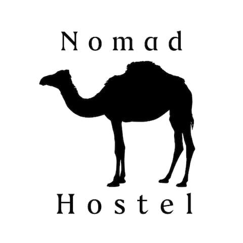 Nomad Hostel Logo