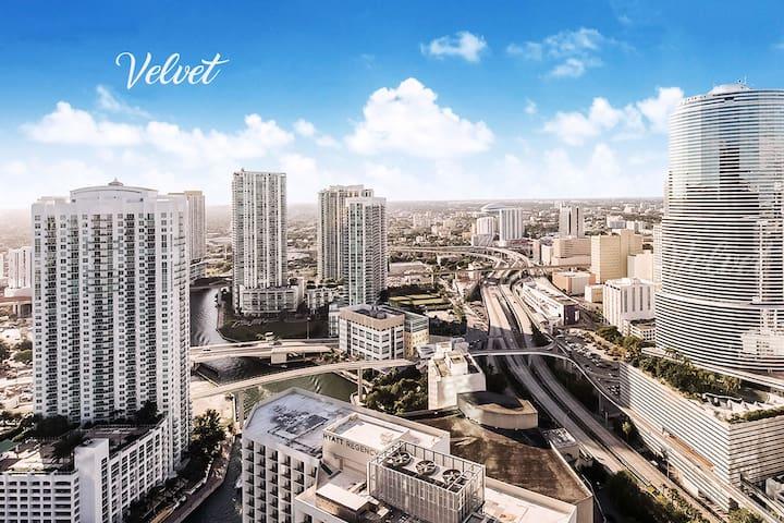 ★ ICON Brickell FANTASTIC 5-Star Condo 28th floor♡