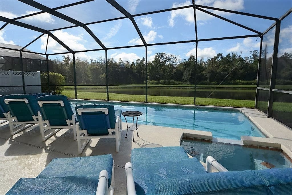 Pool, Water, Chair, Furniture, Jacuzzi