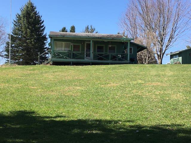 Cabin on Eatonbrook Reservoir - Erieville - Stuga