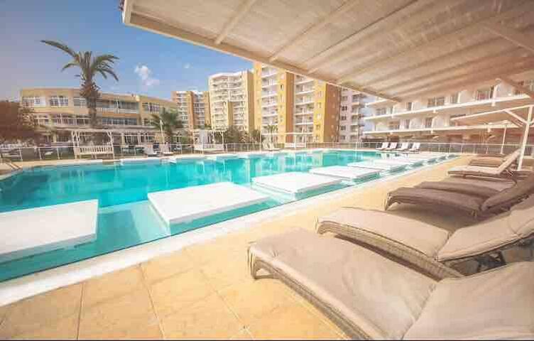 Deluxe 2+1 flat in caesar resort