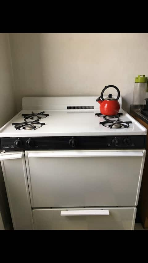 1br in near LGA in JACKSON HEIGHTS QUEENS