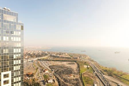 Million Dollar Loft with Sea View 2 - Zeytinburnu