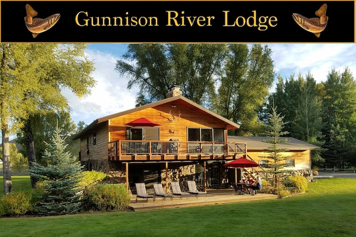 Gunnison River Lodge (Riverfront Vacation Home)