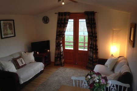 The Lodge at Newmill, Dolphinton - Dolphinton - Sommerhus/hytte