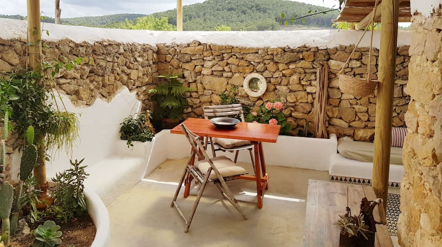 IBIZA STYLE ROMANTIC STUDY!! SURROUNDED BY NATURE!