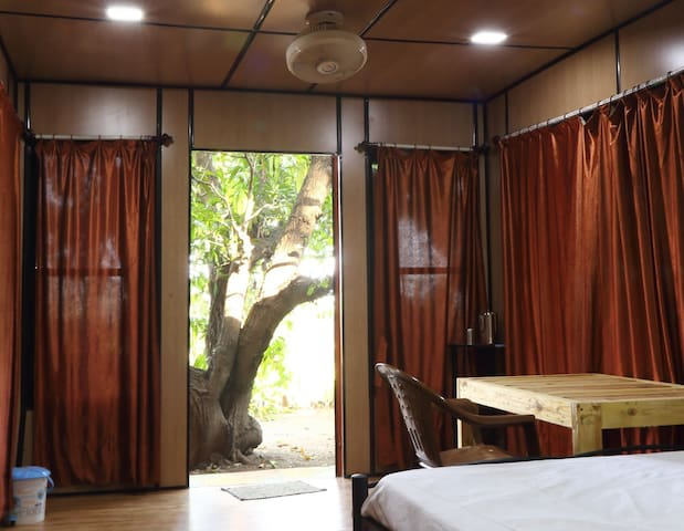 Suite Room - Iora Cottage Alibaug