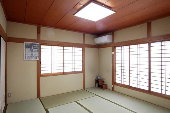 駅近で出張にも! 二日市温泉近くの和室 博多、天神より電車15分