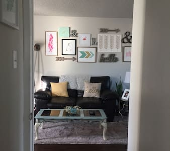 Cozy Downtown Belton Apartment - Belton - Lakás