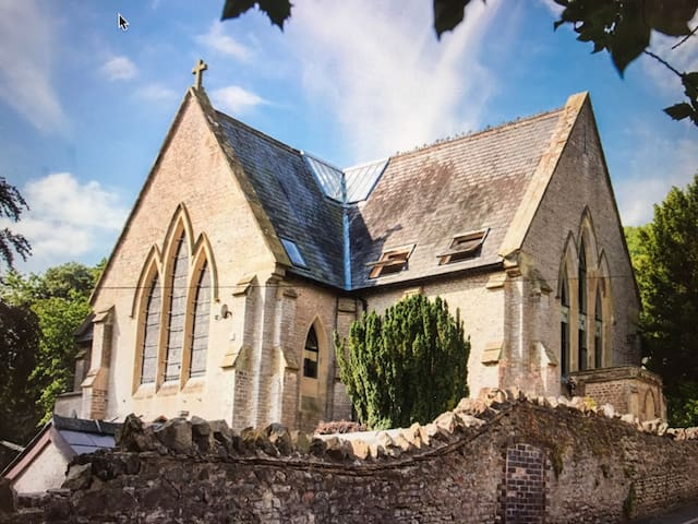 Unique Contemporary Converted Church - Worcestershire - Overig