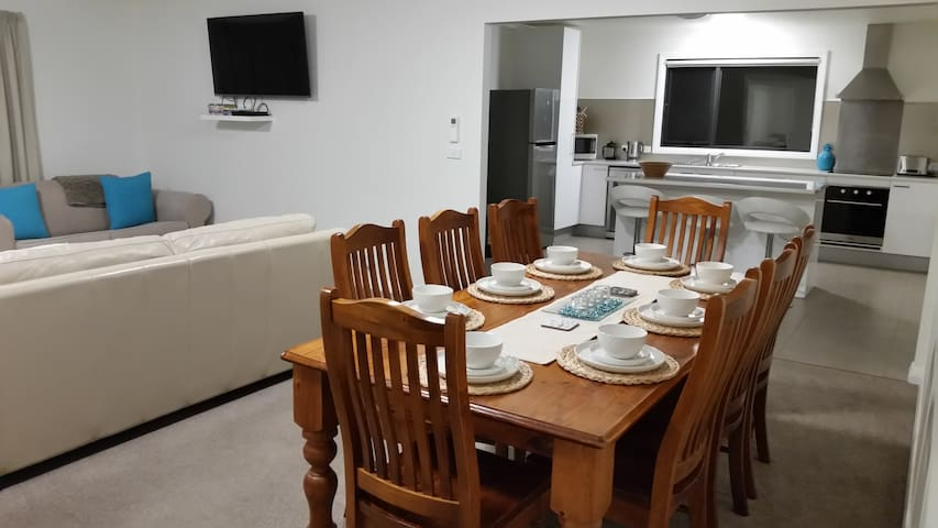 3 bedroom, clean, comfortable & private apartment - Dover - Apartment