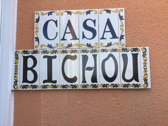 CASA BICHOU