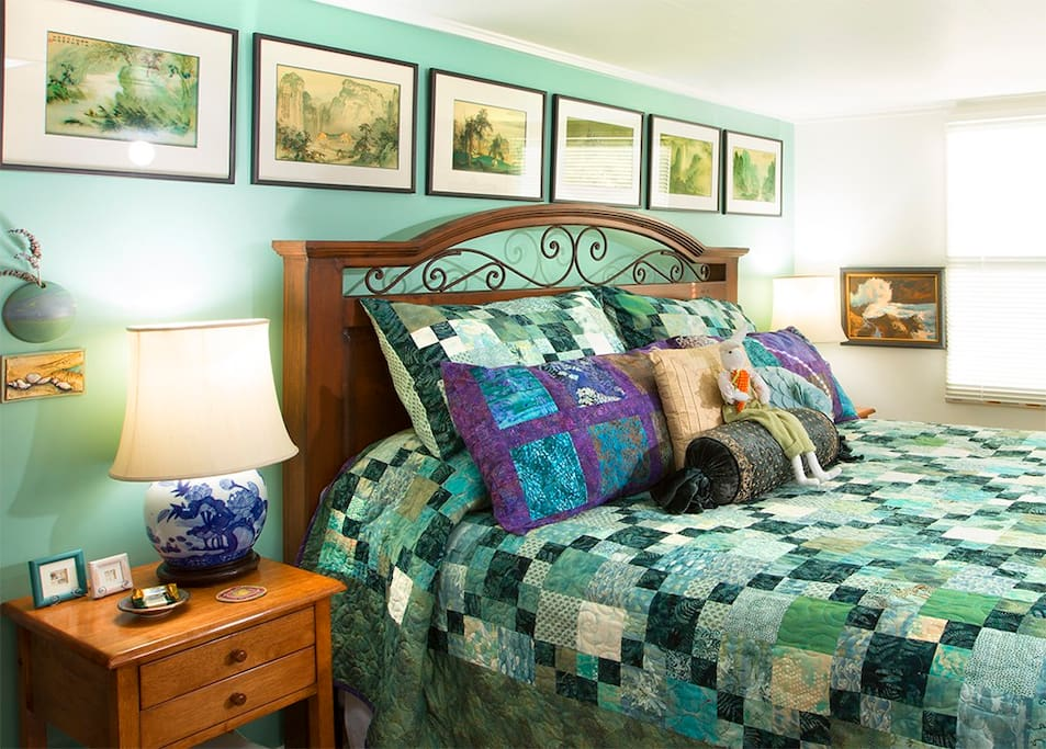 Curl up with a good book. Take a nap. Relax on this comfortable king bed.