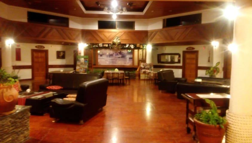 紅瓦民宿 Redtile Inn