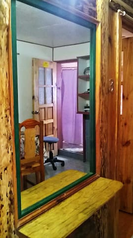 Cozy Pink House, Pajama Party room - Sagada - Pensió