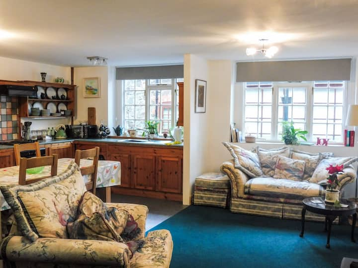 Puffins Holiday Apartment Porlock