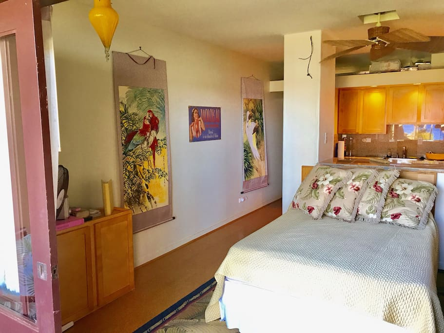Beautiful homey Molokai, unit opens up to nice trade winds, you can leave lanai open at night and you'll hear the ocean waves crashing!