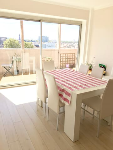 Chambre Lumineuse avec Balcon / Bright Cozy Room - Tolosa - Appartamento