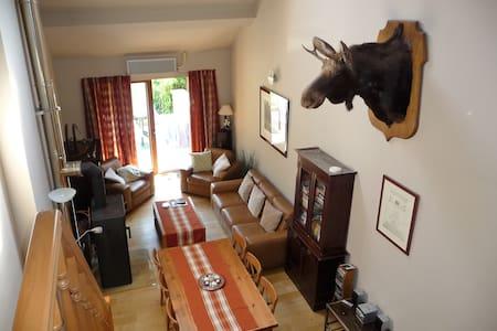 Chiny appartement in huis 3 slpk - max 6 personen