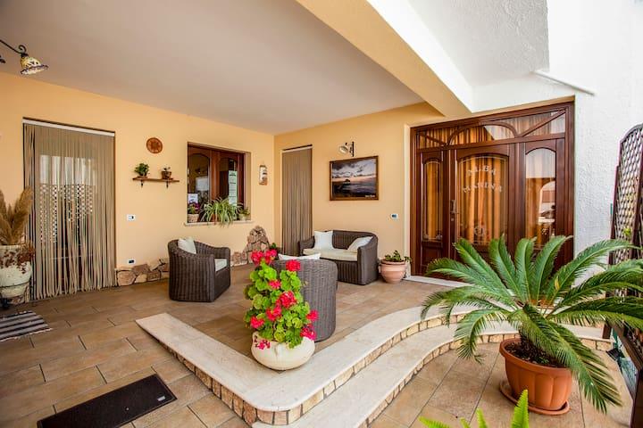 Alba Marina Bed & Breakfast: camere e relax