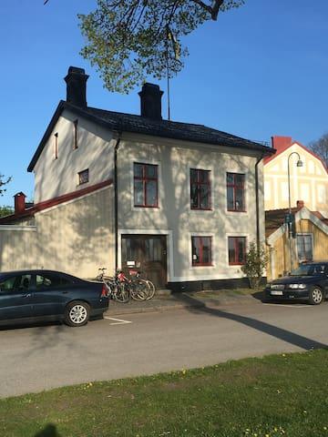 Lägenhet centralt i Kalmar vid badplats