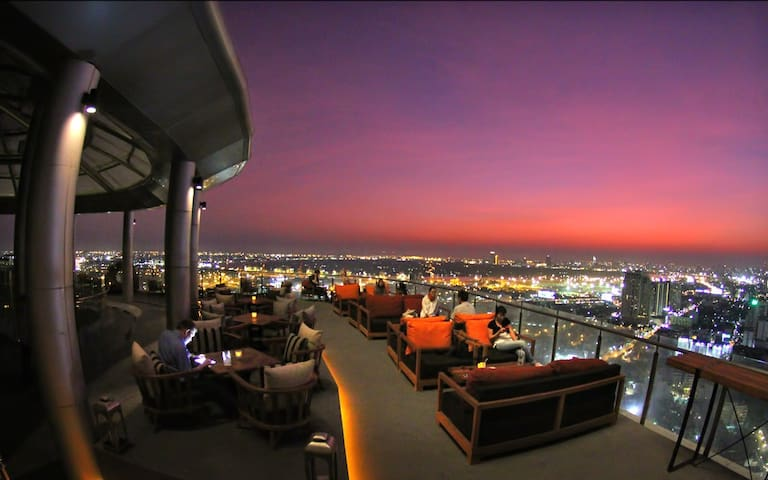 Sky Bar+Panoramic View Pool@ 2 mins BTS Skytrain 2 - Bangkok - Pis
