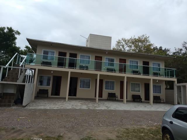 Férias na praia da Barra da lagoa  (apto 5)