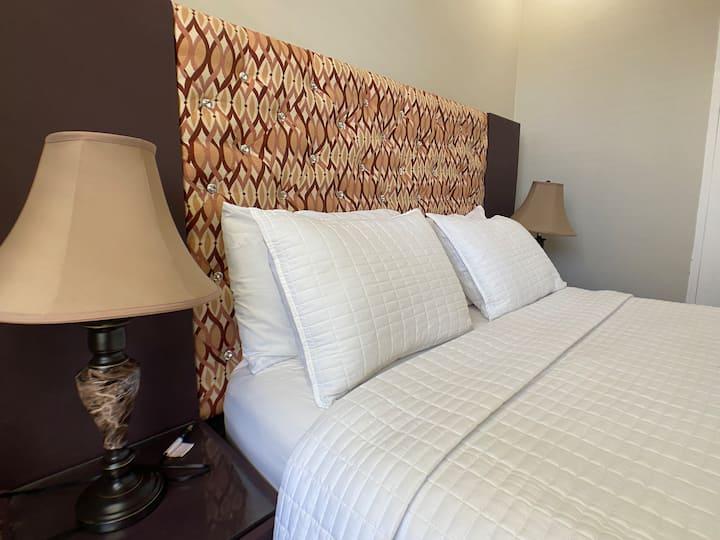 Ideal one bedroom suite