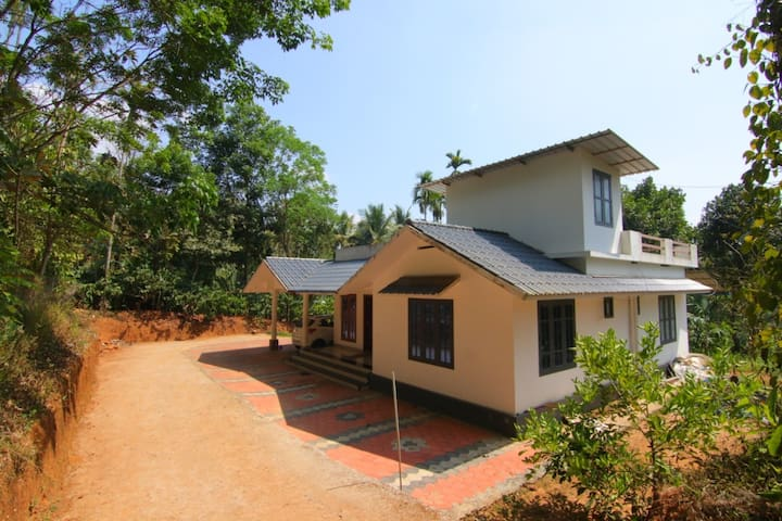 GREEN VALLEY HOMESTAY WAYANAD ,CLOSE TO NATURE