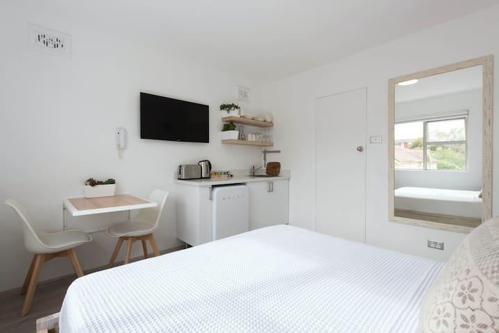 Bondi Beach studio - next to the beach - Bondi Beach - Apartment
