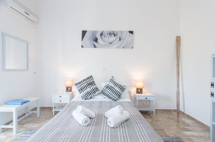 The Beachhouse Apartments - Aegina - Appartement