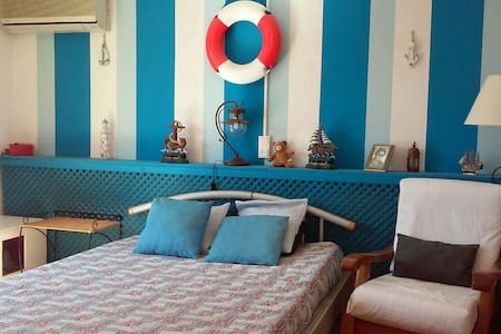 Cosy bedroom, quiet with access to swimingpool - Calafell