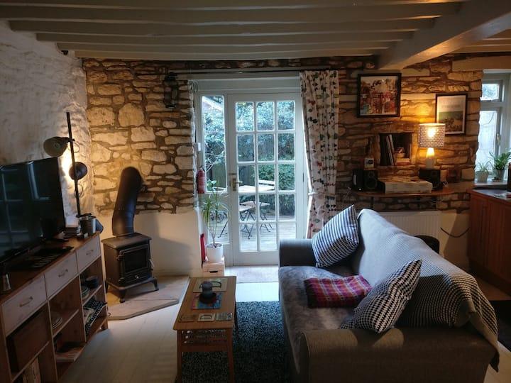 Quiet Quaint Barn Conversion
