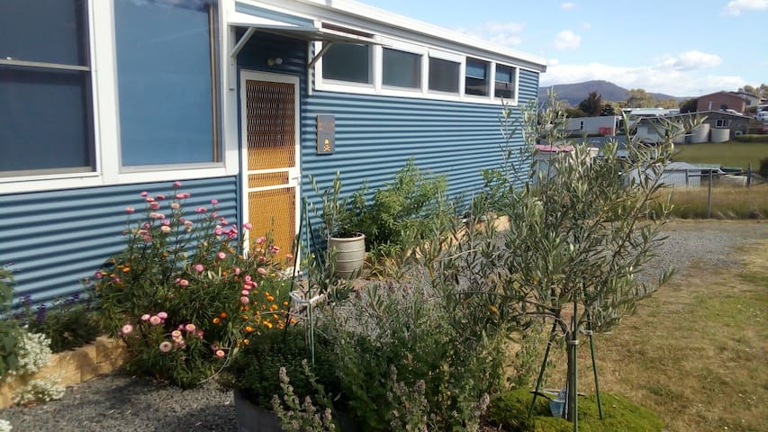 Blue Cottage Bruny Island Fabulous water views.