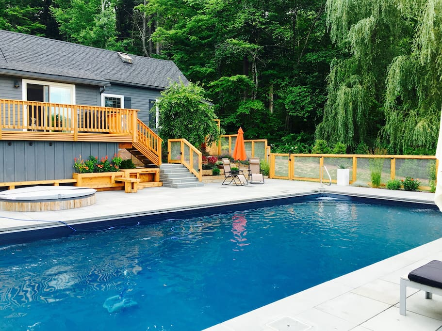 Pool and house