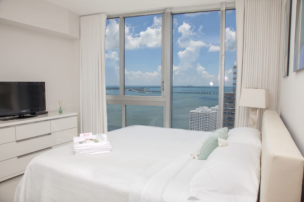 It will be hard to stop looking at the ocean and get up. King-size bed.