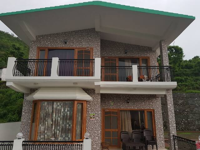 The RAABTA Homestay @CHANDRANI ESTATE,NAUKUCHIATAL