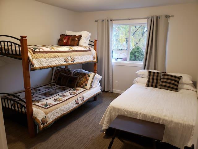 3rd bedroom sleeps 5.