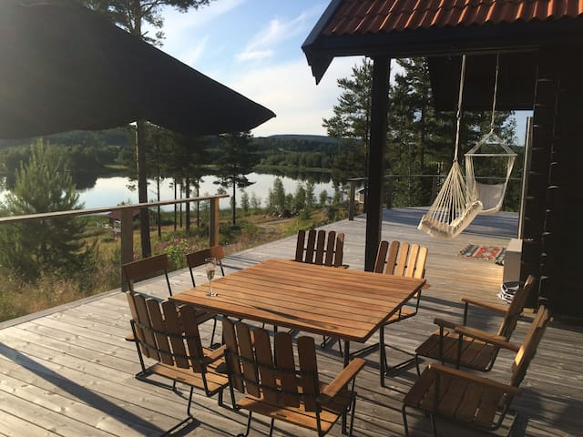 Fantastic Country log house with lake view