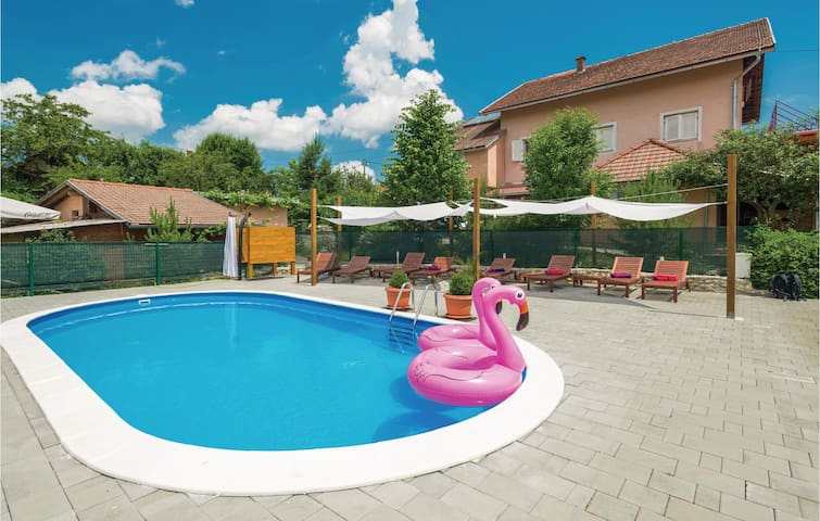 Holiday apartment with 1 bedroom on 36m² in Rakovica