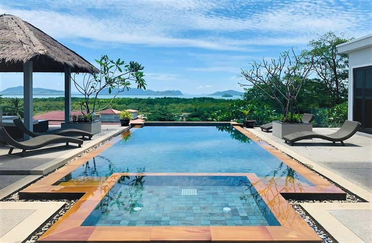 Eastern islands panoramic sea view pool villa!
