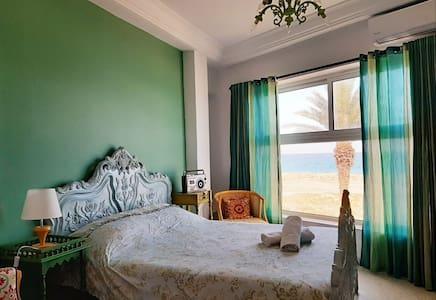 """Maison Charme de Mahdia front mer """"wifi gratuit """""""