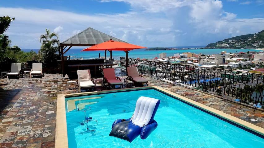 """Caribbean Sint Maarten Luxury Condo : """"Seaview"""""""