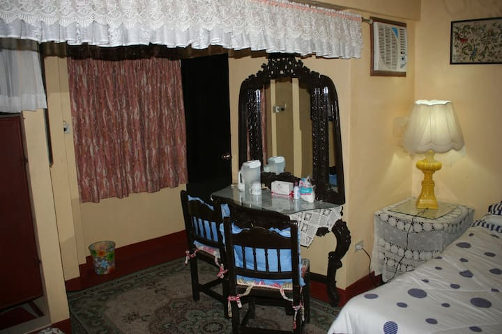 Subic Bed&Breakfast 3Bedrooms - Subic - Dom