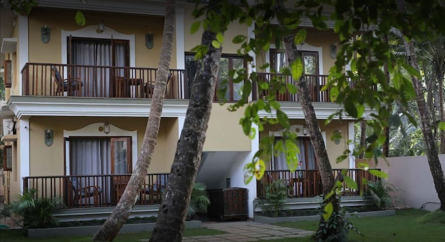 #3 1bhk upper floor with balcony nr Mandrem beach