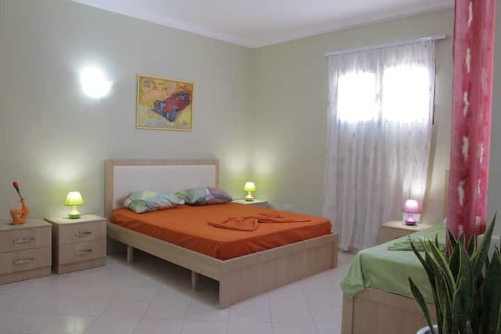 Lovely & cozy apartment next to Bazaar